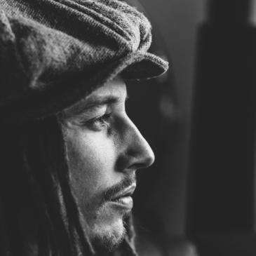JP Cooper  (She`s On My Mind)